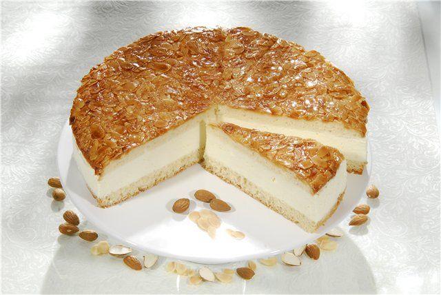 Торт з мигдалем