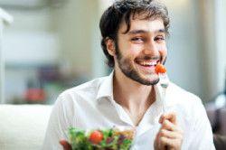 чоловік вегетаріанець