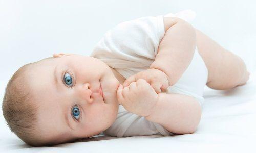 Причини появи проносу з кров`ю у дитини